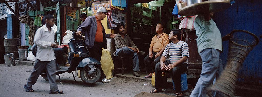 014-Kim-Fa-and-Atsai-in-the-market-Kalimpong.jpg